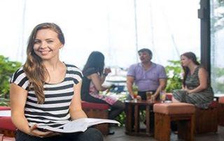 کارشناسی ارشد مدیریت بازرگانی دانشگاه CQ